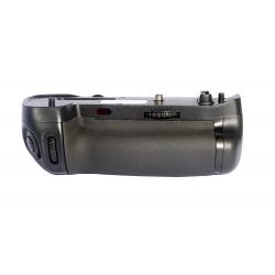 Phottix BG-D750 Battery Grip for Nikon D750 (MB-D16)